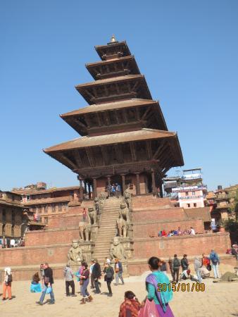 Nyatapola: ニャタポタラ寺院