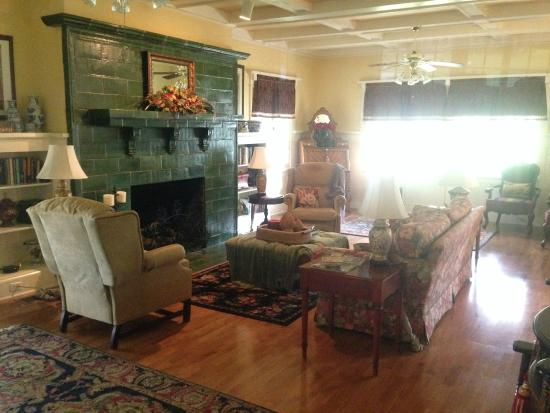 The Cotton Palace: Living Room