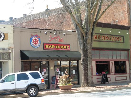 The Restaurant Street View Picture Of Georgia Bobs Barbecue