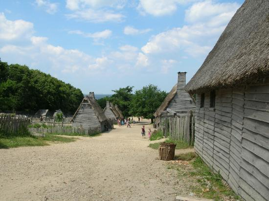 17th Century English Village Picture Of Plimoth