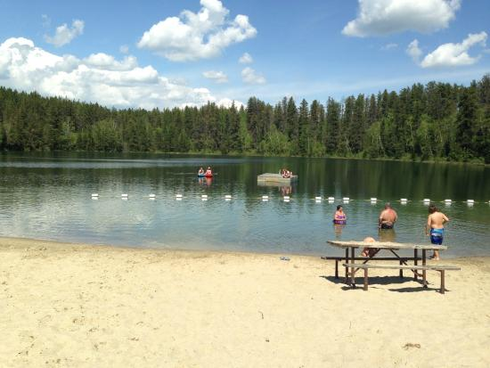 kettle lakes provincial park picture of kettle lakes. Black Bedroom Furniture Sets. Home Design Ideas