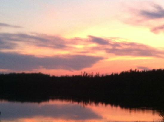beautiful sunset picture of kettle lakes provincial park. Black Bedroom Furniture Sets. Home Design Ideas