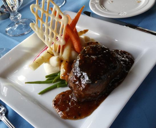 Famous Pepper Steak Flambe - Picture of Joseph's Fine ...