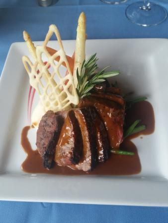 Joseph's Fine Dining : Steak a La Diane
