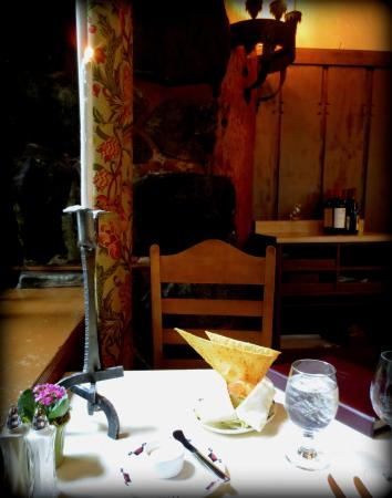 The Majestic Yosemite Dining Room Table Setting