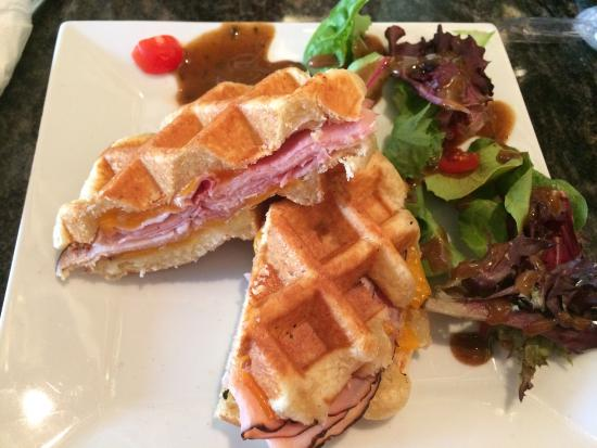 Waffle Gone Wild : Black Forest ham and cheese