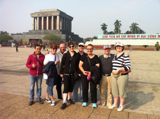 Impressive Travel Vietnam - Day Tours: Ho Chi Minh mausoleum