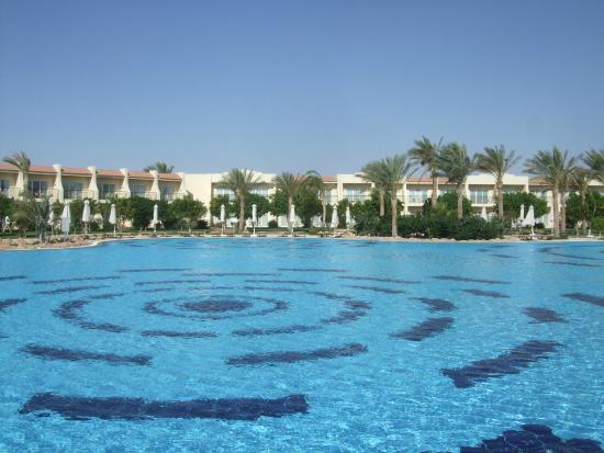 spectacular pools picture of hilton sharks bay resort 30 most spectacular slh pools luxury accommodations