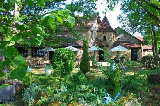 Auberge de Castel Merle