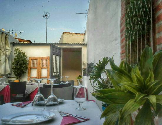 Tanguito Estamos en la calle Caballeros 15, Casco Antiguo de Marbella.  �� 952863520 C( pa