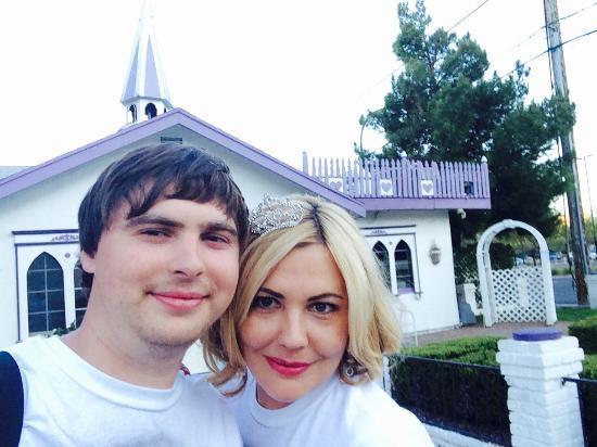 Wee Kirk O' the Heather Wedding Chapel: Годовщина свадьбы в Вегасе