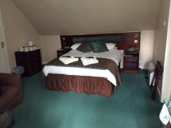 Struy, UK : Double bed.