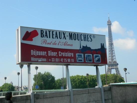cartel en el pont de l 39 alma picture of bateaux mouches paris tripadvisor. Black Bedroom Furniture Sets. Home Design Ideas