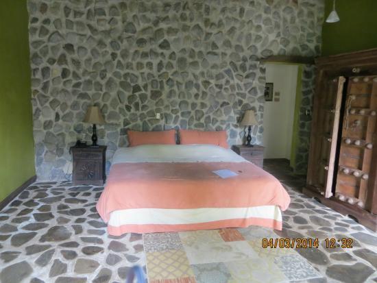 Hacienda La Isla Lodge: The Church von innen