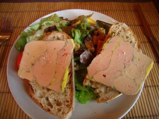 Le Roc du Berger : Assiette de foie gras de canard entier mi-cuit terrine maison