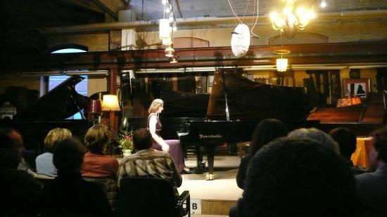 Piano Salon Christophori : Galina Tchistiakova playing