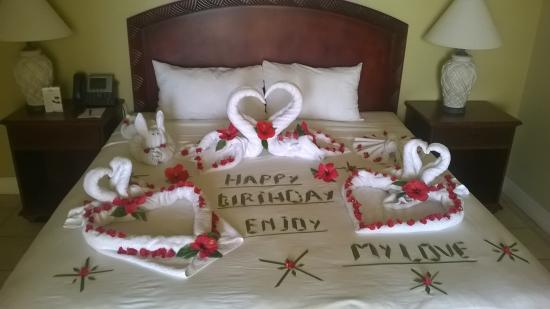 Lowlands, Tobago: Happy �� Birthday �� to the guest in #270