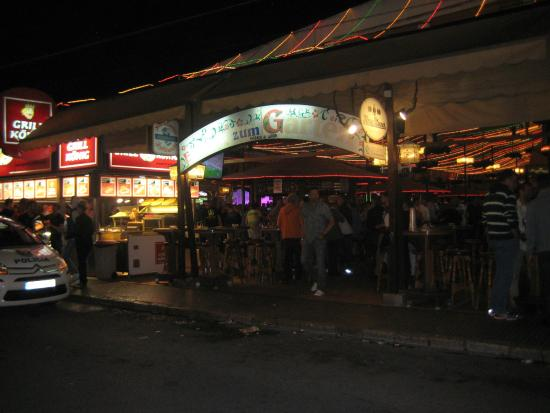 Bierkonie Arenal SL.: front of bier halle