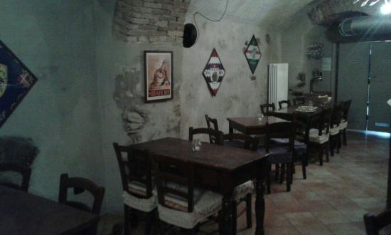Besana in Brianza, Italy: 2012 Lounge and Wine Bar