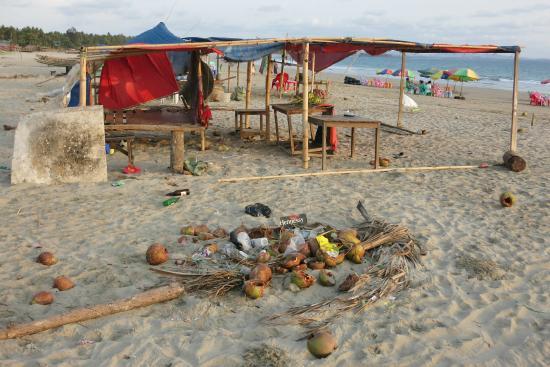 EFR Seconda Casa Beach Resort: Strand vor dem Hotel