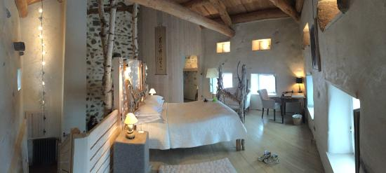 Saint-Arcons-d'Allier, France : chambre atypique.