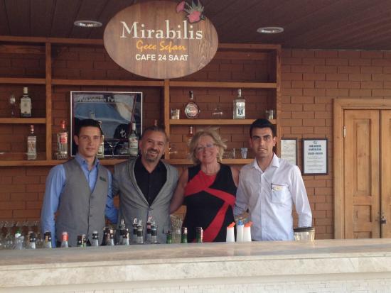 Davutlar, ตุรกี: Personnel si sympathique et professionnel