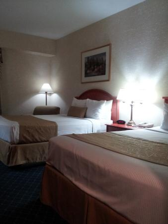 Best Western Plus Executive Inn : Best Western DOUBLE QUEEN ROOM