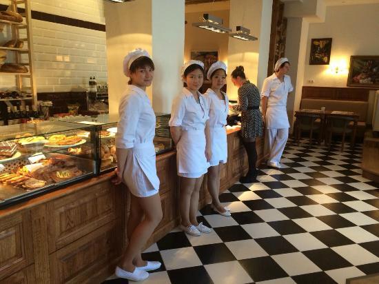 23 Кафе Буланжери: персонал