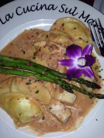 La Cucina Sul Mare: Lobster Ravioli