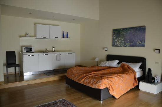 Residence Ca Beregana: camera suite 103
