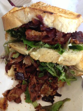 Fozzies sandwich emporium