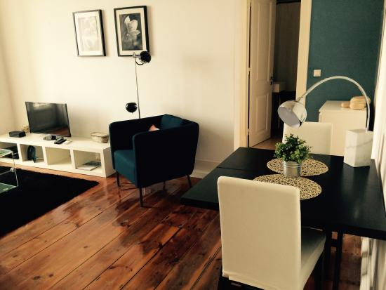 Santos River Apartments: Salon