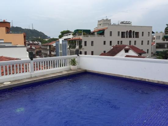 Pool picture of american trade hotel panama city for Pool trading