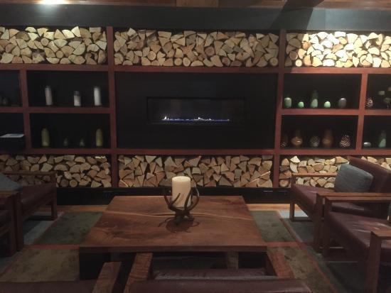Hyatt Regency Lake Tahoe Resort, Spa and Casino: Lounge near Sierra Cafe