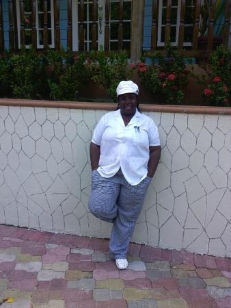 Tropical Lagoon Resort: Chef Nicole