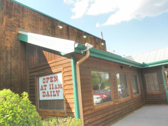 Texas Roadhouse : exterior