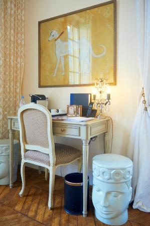 Saint James Paris - Relais et Chateaux: 房間一景