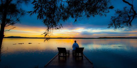 Eumarella Shores Noosa Lake Retreat: Early morning coffee