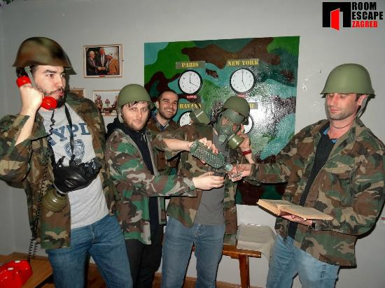 Gang Picture Of Escape Room Fox In A Box Zagreb