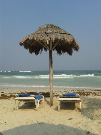 Almaplena Eco Resort Beach Club