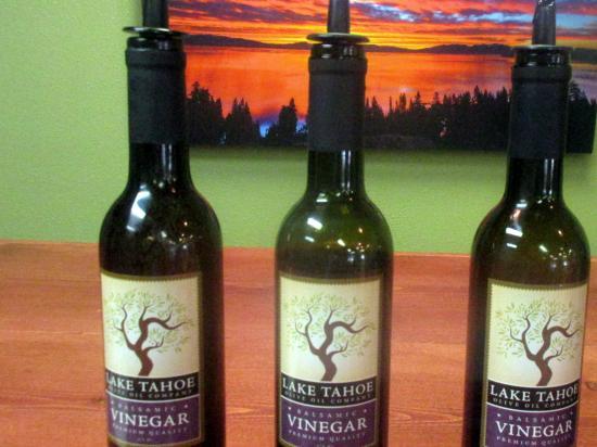 Skyhawk Lane & Red Poets: Vinegar , Skyhawk Lane and Red Poets Tasting Room, South Lake Tahoe, Ca