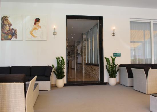 Hotel Luna : Hallway
