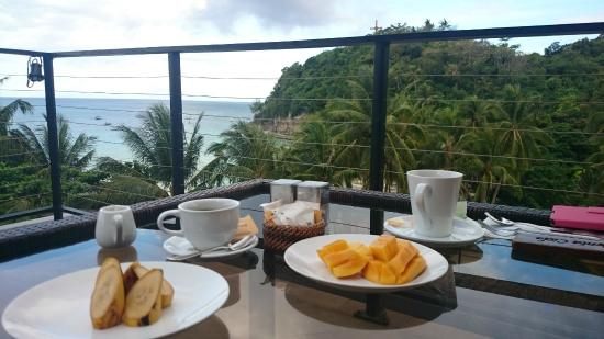 Punta Rosa Boutique Hotel : Breakfast on the terrace top floor with view