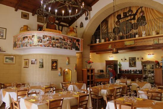 La Tavernetta del Barone: Sala