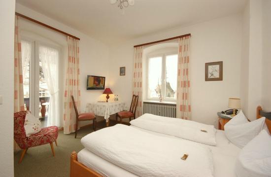 Hotel Hirschen: Zimmer mit Talblick