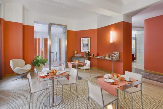 Mamaison Residence Belgicka Prague: Breakfast