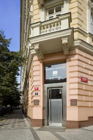 Mamaison Residence Belgicka Prague: Entrance