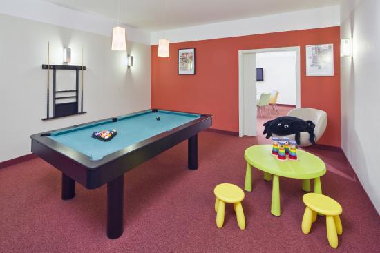 Mamaison Residence Belgicka Prague: Family room