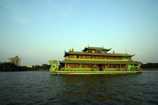 Nhà hàng du thuyền Potomac