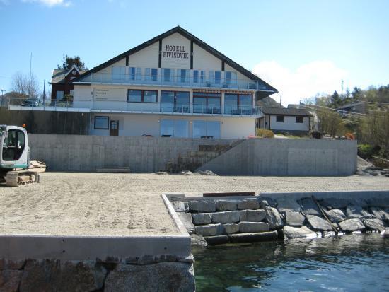 Gulen Municipality, Norwegia: Neue Landungsbruecke
